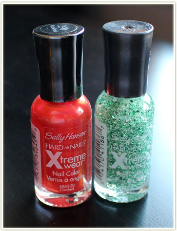 Sally Hansen nail polish (free – swap)