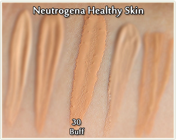 Skin Clearing Neutrogena Natural Beige Foundation Swatch