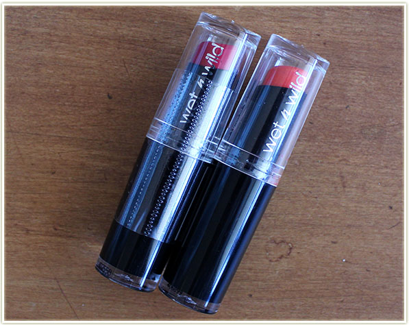 Wet n Wild - 911D Stoplight Red & 969 Carrot Gold (free - swap)