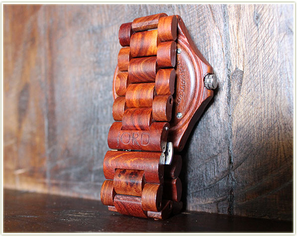 JORD Wood Watch in Sully (Red Sandalwood)