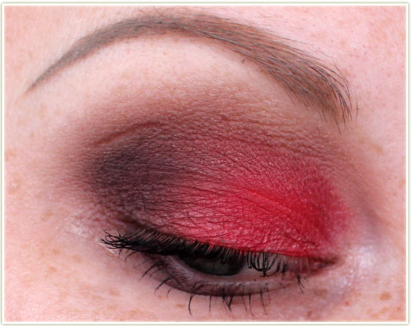 Wearing In The Red shadow and several colours from the Smoky Nudes palette.