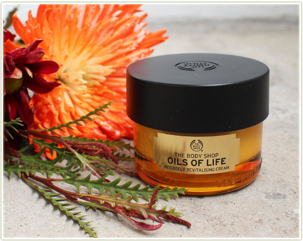 34 Emailoils Contact Usco Ltd Mail: Skincare Saturday: The Body Shop