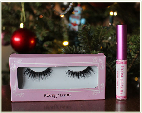 House of Lashes falsies in Noir Fairy and their lash glue