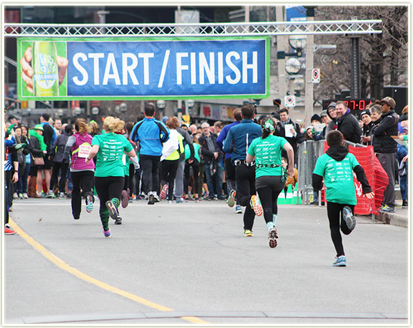 2016 Achilles St. Patrick's Day 5K - finally the finish line!