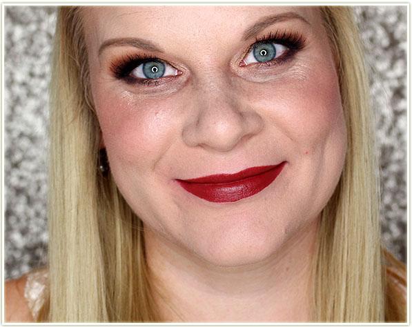 Mary Kay Gel Semi-Matte Lipstick in Midnight Red