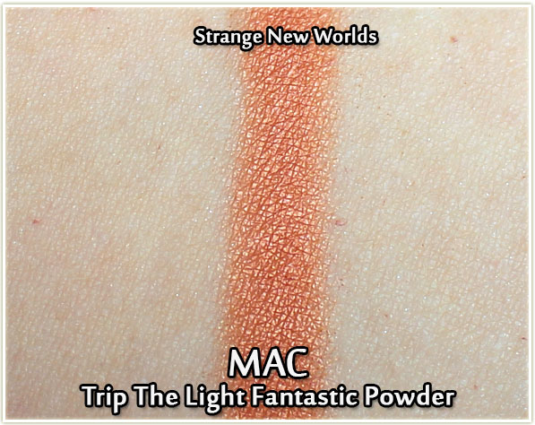 MAC Trip The Light Fantastic Powder in Strange New Worlds - swatch