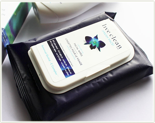 Live Clean - Refreshing Facial Wipes