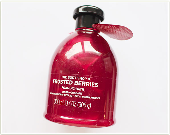 The Body Shop Frosted Berries Foaming Bath (free)