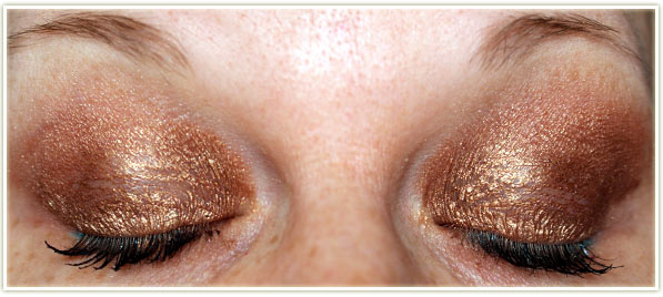 Major, MAJOR creasing! My left eye (your right on the screen) has primer, the other eye does not.
