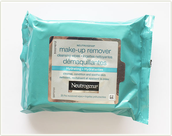 Neutrogena Hydrating Wipes ($8.99 CAD)