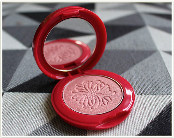 Paul & Joe Beauté Shimmering Blush 001