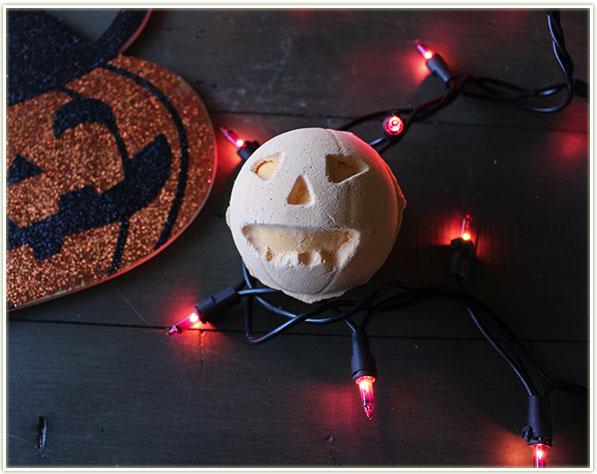 Lush Halloween - Pumpkin Bath Bomb