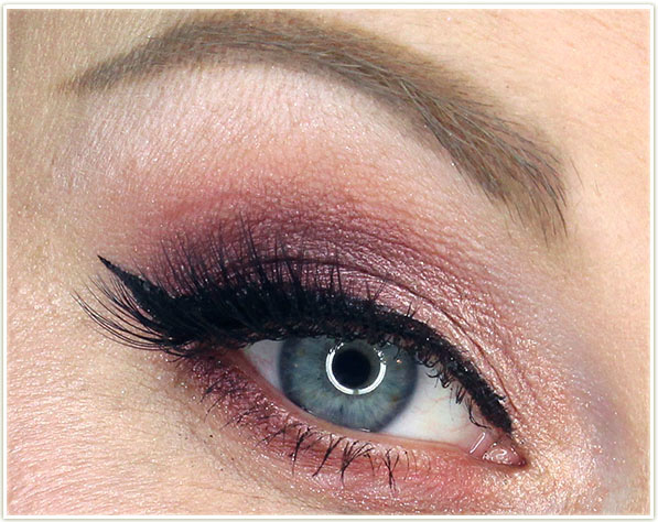 Too Faced Best Year Ever - I Believe In Pink eye look