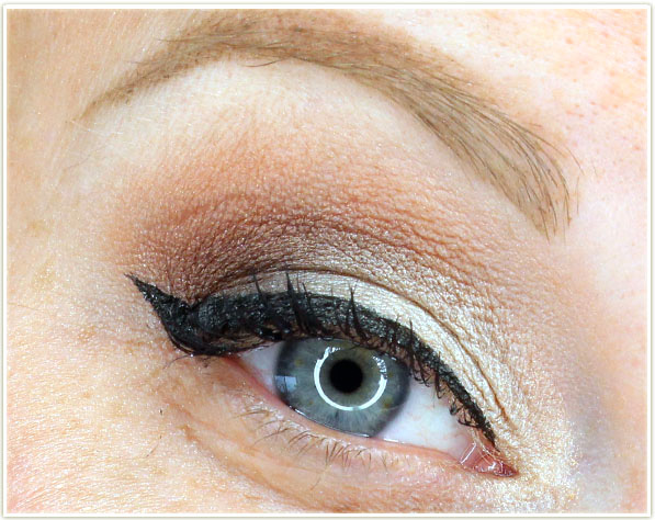 Too Faced Best Year Ever - Natural Beauty eye look