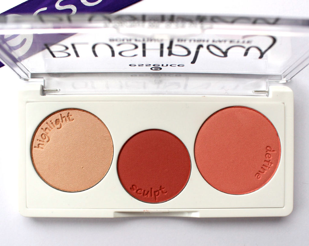 essence BLUSHplay Sculpting Blush Palette in Play It Peach
